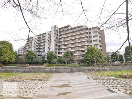 シャリエ久米川アクアマークス 2階 <br>~西武新宿線「久米川」駅へ徒歩3分~