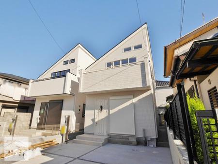 武蔵野市吉祥寺東町3丁目 <br>新築戸建 2号棟(全2棟) <br>~白基調のすっきりとしたお家です~