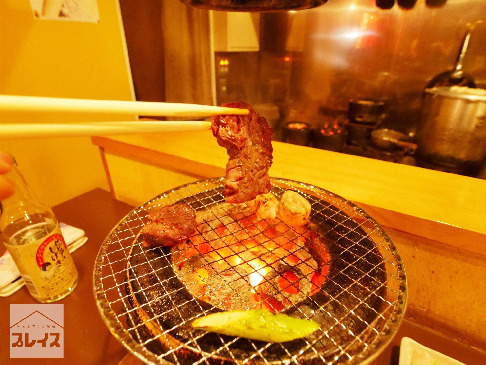 P20170227-武蔵野市-マル保/ホルモン焼き (22)七輪で焼く.jpg